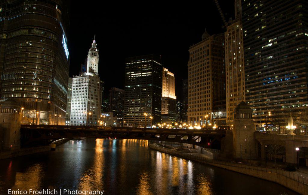 Memorial Bridge; Chicago Loop